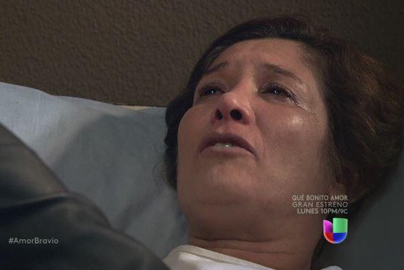 Ella no se irá hasta que el prometa que cuidará a Camila, que estará a s...