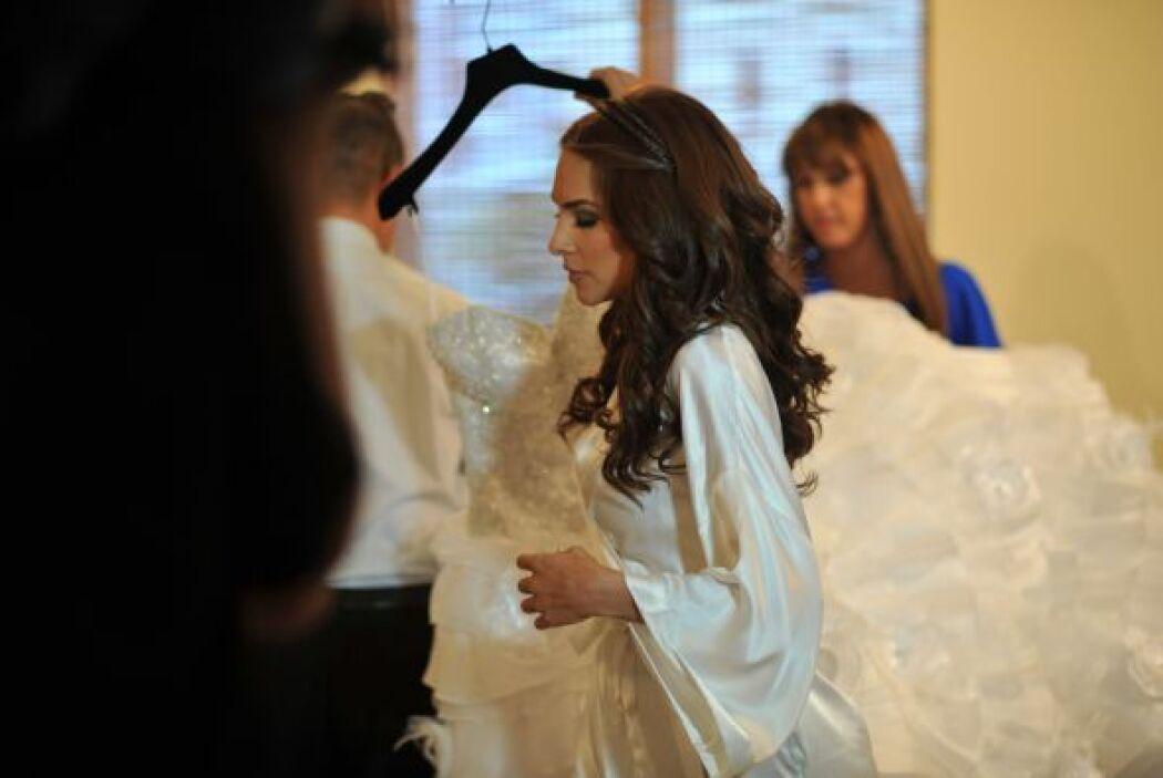 El producto final fue un vestido muy original y moderno. A Alejandra le...