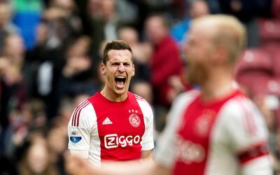 Ajax y PSV llegan empatados a última fecha
