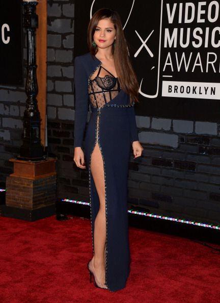 Selena Gomez es tan joven y lo tiene todo en su lugar que no se preocupa...