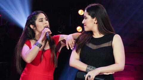 Marcela Gálvez y Janine Rivera lo dieron todo a la hora de cantar 'Por q...