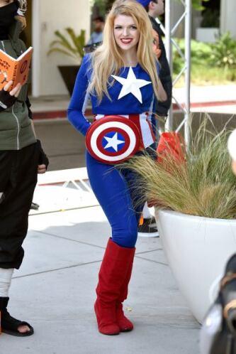 Si eres fan del Capitán América, también puedes transformarlo muy a tu e...
