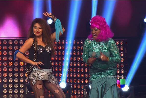 Laura León con Chico Che se enfrentaron a Gloria Trevi y Celia Cruz.