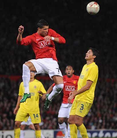 Buen cabeceadorMuchos de los goles de Cristiano Ronaldo son de cabeza. S...