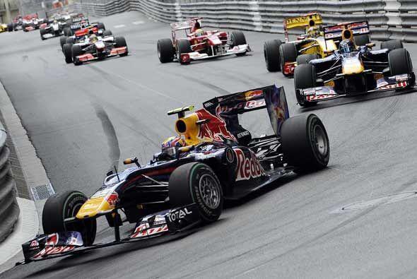 El australiano Mark Webber salió desde la primera posición...