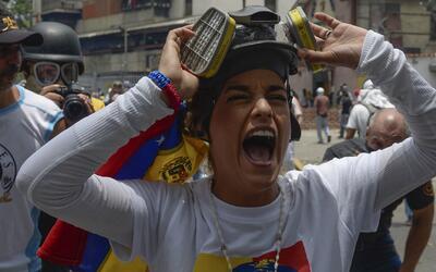 Políticos locales se unen para expresar su solidaridad con los venezolan...