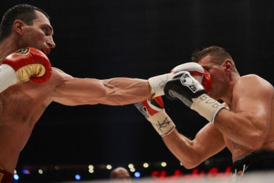 El jab de Klitschko entró a placer durante los 36 minutos.