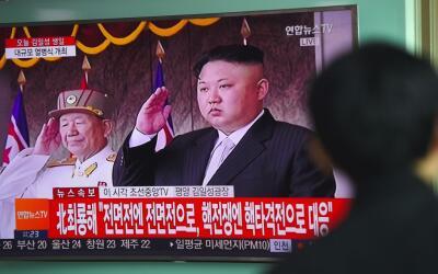 Kim Jong Un sigue alimentando la retórica belicista mientras en W...