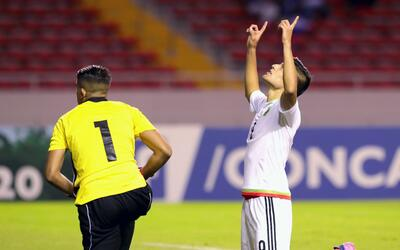 Roca hace su primera convocatoria con El Salvador para amistosos 2017030...