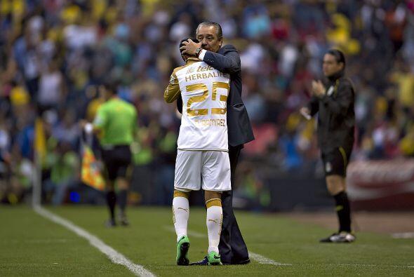 El duelo que ganó 1-3 en el Estadio Azteca y que le dio gran cred...