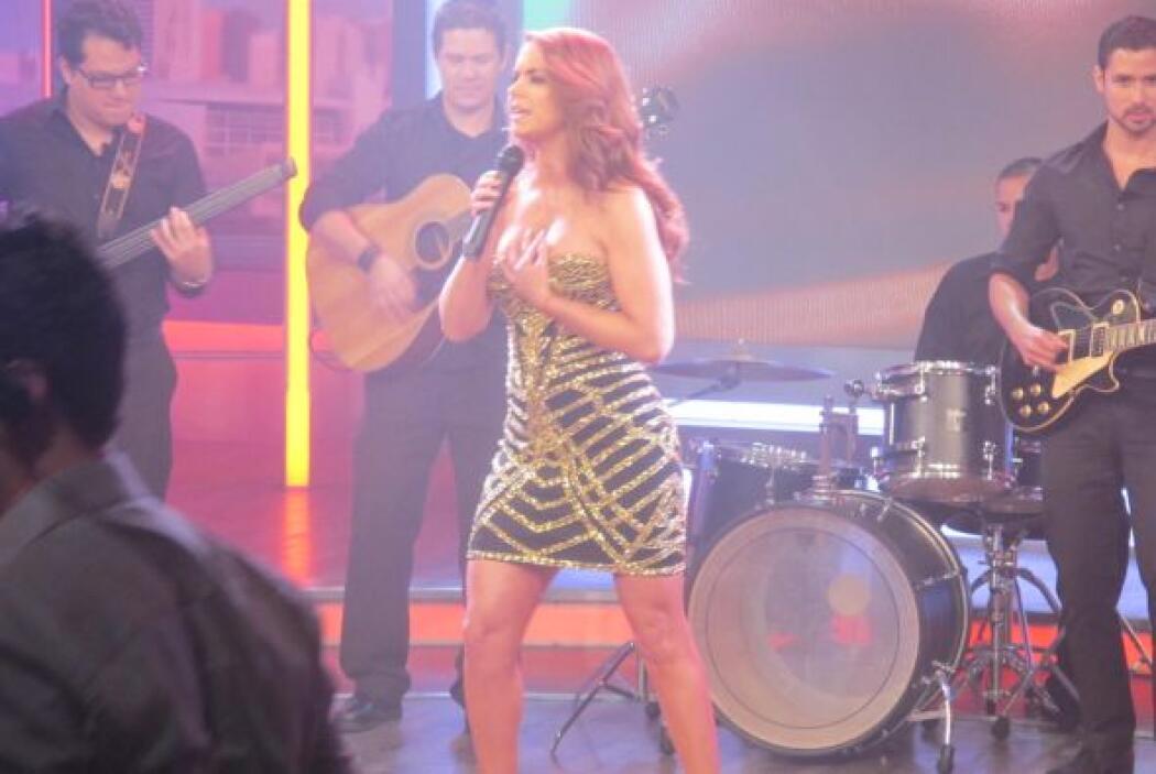 Esta balada pop marca el regreso de Lucero a los escenarios musicales.