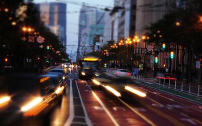 Los buses de la industria tecnológica contribuyen a mover a miles...