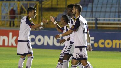 Plata le dio el triunfo a los de la MLS ante el Municipal