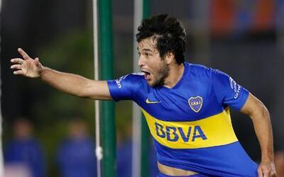 Nicolás Lodeiro, de Boca Juniors de Argentina, celebra luego de anotar a...