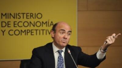 El ministro español de Economía, Luis de Guindos, afirmó que el Eurogrup...