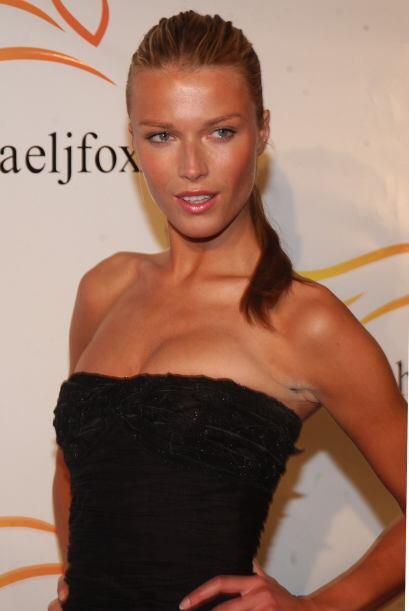 Veronica Varekova es una sexy modelo checa que ha modelado para grandes...