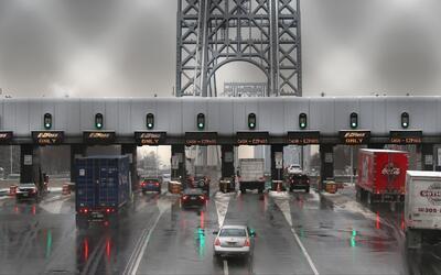 Retrasos y congestión en el puente George Washington por reparaciones en...