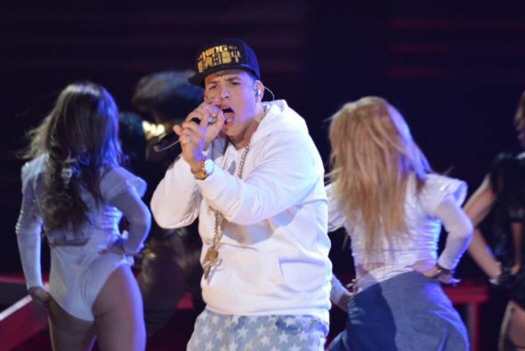 El reggaetonero tenía dos nominaciones en Premio Lo Nuestro como Artista...