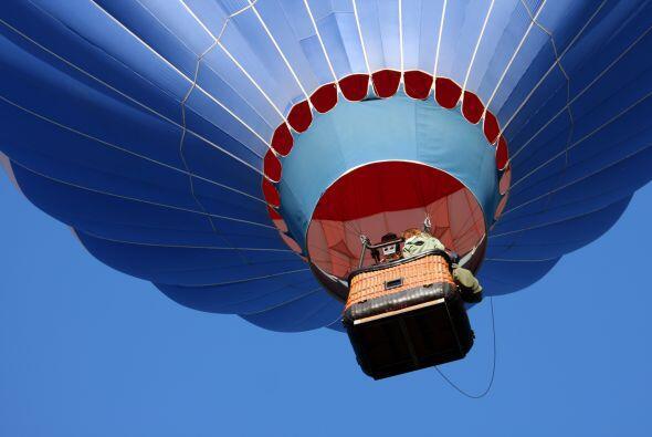 Globo aerostático. Entre la adrenalina y el romance, un viaje en globo a...