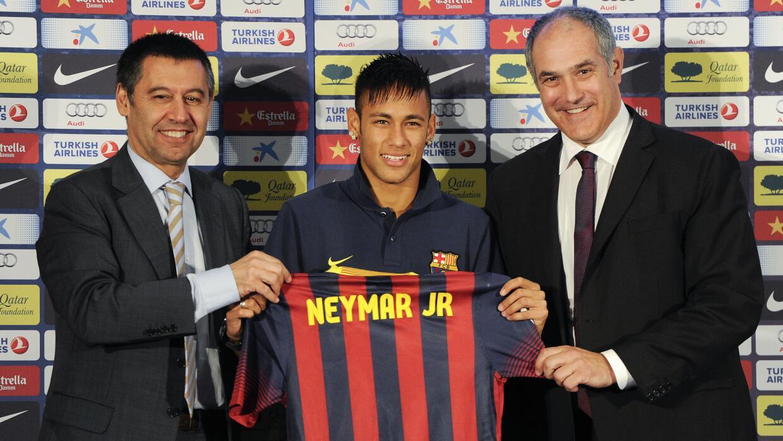 Barcelona decidirá si es delito caso Neymar