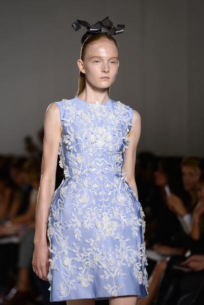 Para los expertos en moda, este tono invita a la creación y a la...