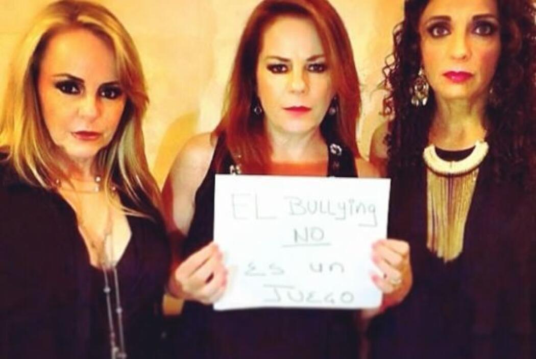 El trío mexicano Pandora también participó en esta campaña. Foto tomada...
