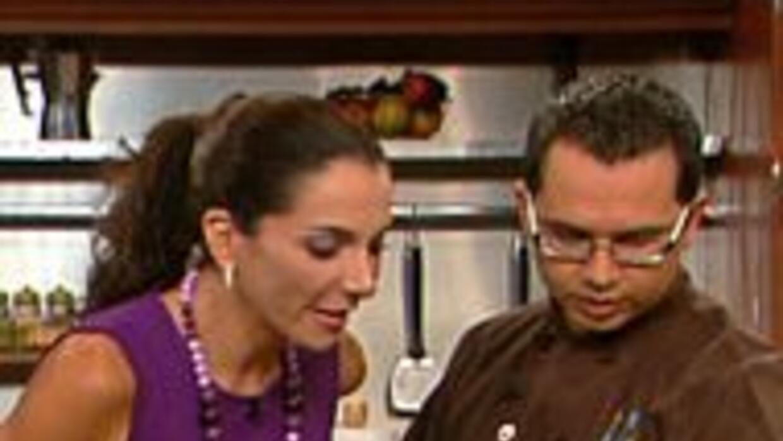 El chef Arthur Artiles tiene un talento magico en la cocina, el toque de...