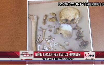 Niños encuentran restos humanos en playa