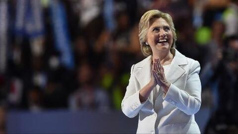 Hillary Clinton acepta la nominación del Partido Demócrata (discurso com...