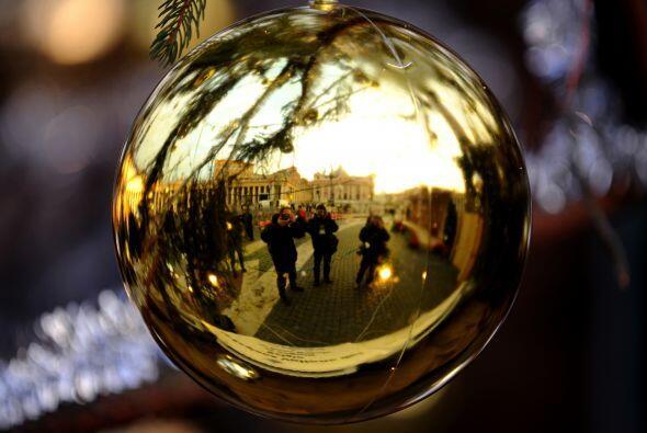 El pesebre será develado apenas la tarde del 24 de diciembre y, como es...