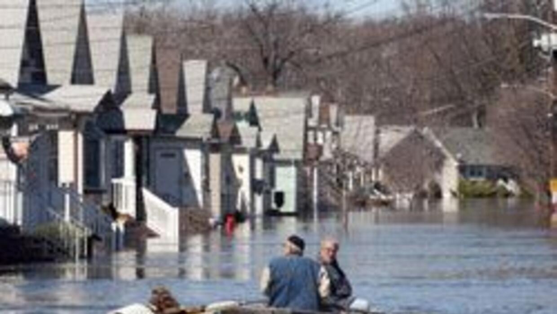Aplazan pago de impuestos a residentes de NJ afectados por las lluvias....