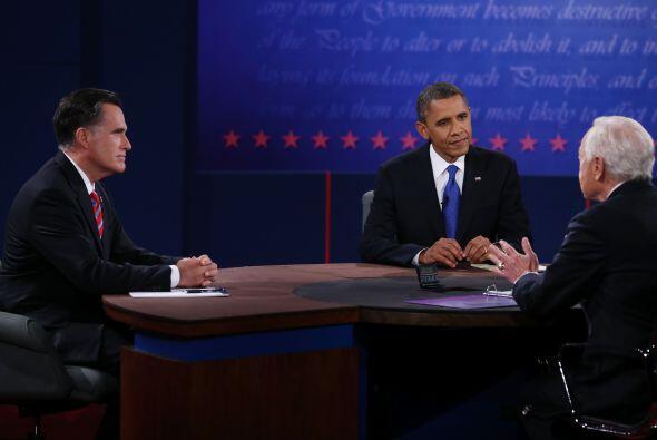 Ambos candidatos pasaron al menos diez minutos hablando de educaci&oacut...