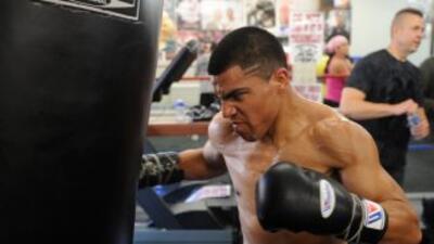 Víctor Ortíz y Lamot Peterson saben que de ganar la pelea tendrán oportu...