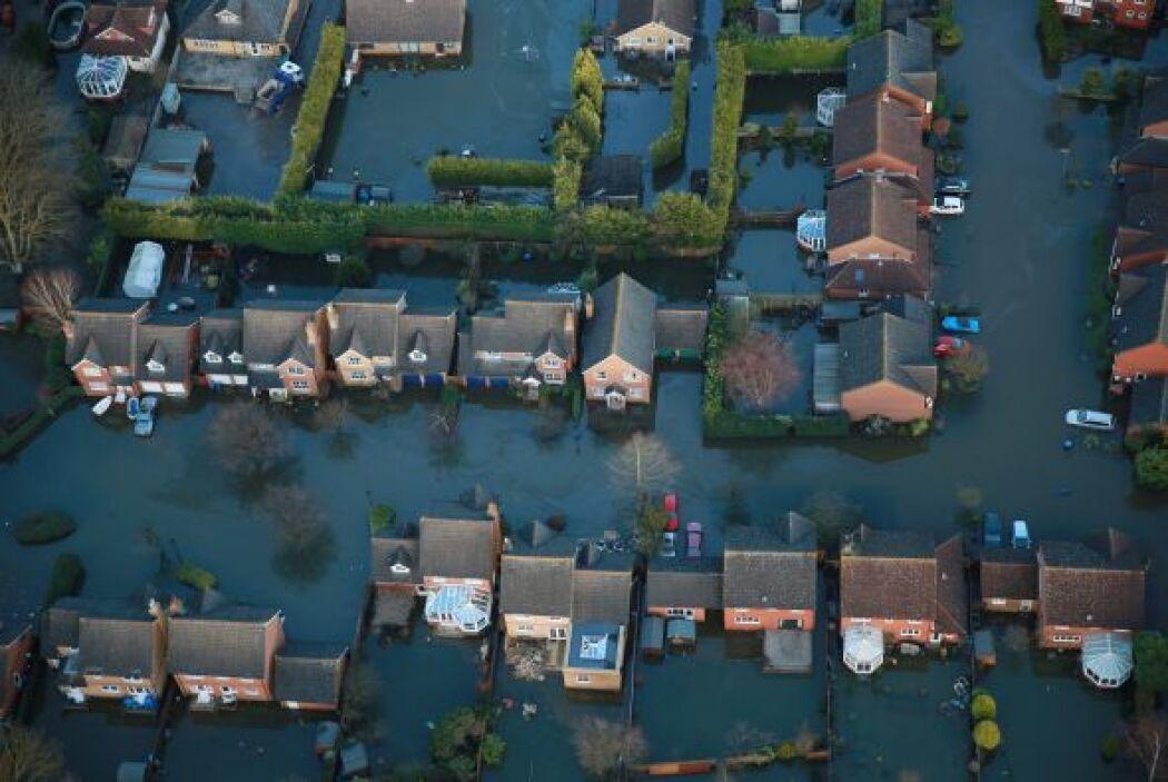 El Servicio Meteorológico británico pronosticó nuevas lluvias en Inglate...
