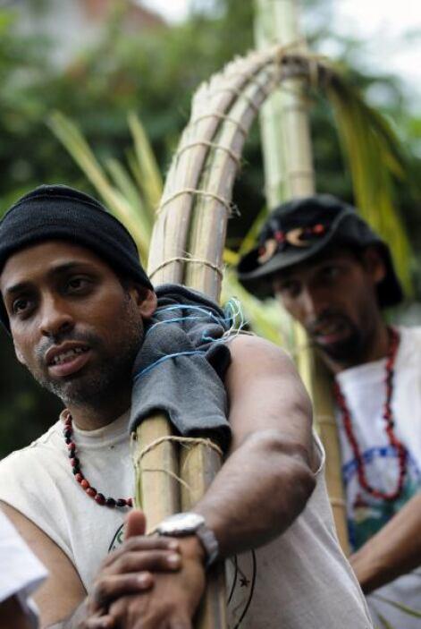 En Venezuela, los palmeros fueron los encargados de ir a la montaña de W...
