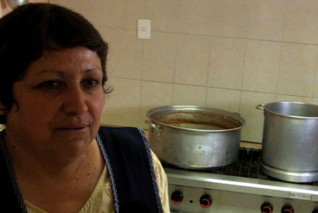 La Casa del Migrante además les brinda alimentos dignos, pues muchos de...