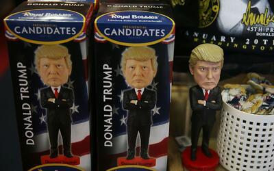 La mercancía con la imagen de Donald Trump se vende en Nueva York como p...