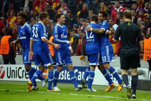 Schalke reaccionaba a falta de medio tiempo.