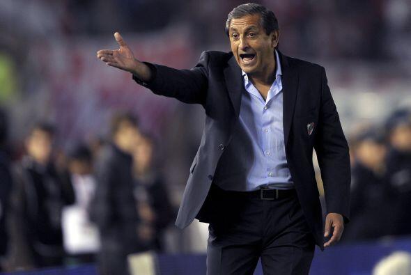 Casualmente, el otro rival del Tricolor, Paraguay, también debuta...