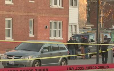 Tres hombres muertos y dos heridos deja un tiroteo en Brighton Park