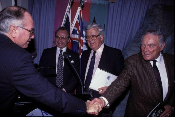Alexander Haig (derecha) fue secretario de Estado durante los dos mandat...