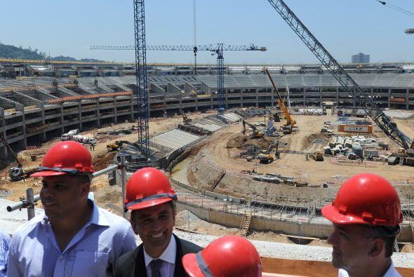 Según los constructores, como las obras están aceleradas,...