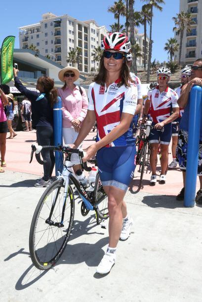 Pippa posó muy sonriente en San Diego, al inicio de la carrera....