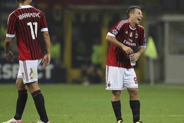 No hubo más tantos, pero todo acabó en risas para el Milan...