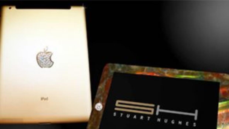 La casa de arte Stuart Hughes lanzó una iPad con joyas, oro y hasta hues...