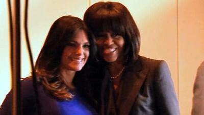 En su 50 cumpelaños, recordamos a Michelle Obama bailando junto a Bárbar...