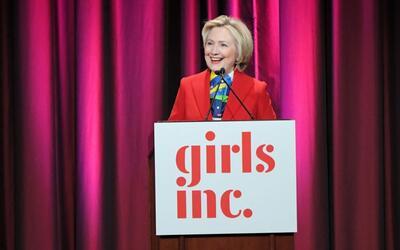 """Hillary Clinton: """"Todo el mundo se cae, lo importante es que te levantes..."""