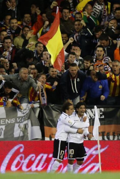 Esta vez no fue la excepción y el argentino Ever Banega abrió el marcador.