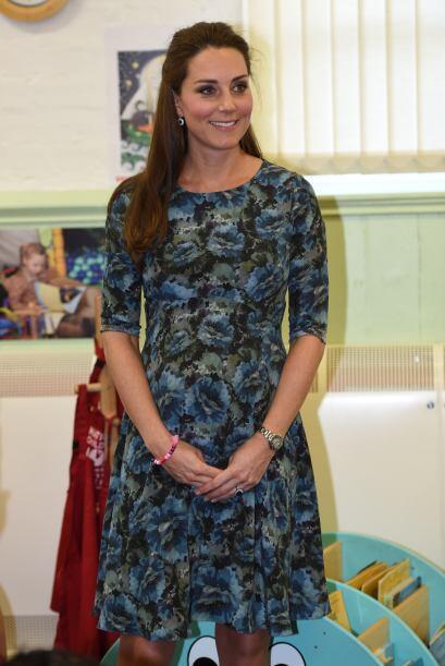 La Duquesa de Cambridge continúa con sus labores oficiales.