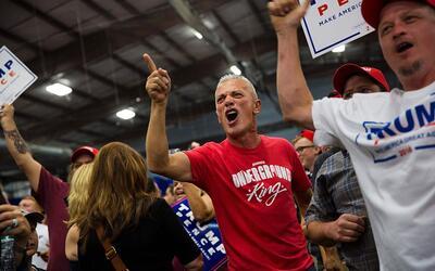 Cerca de 4 de cada 10 adultos (38%) dice que la discusión política y cul...